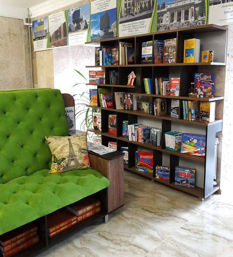 Стенка для книг