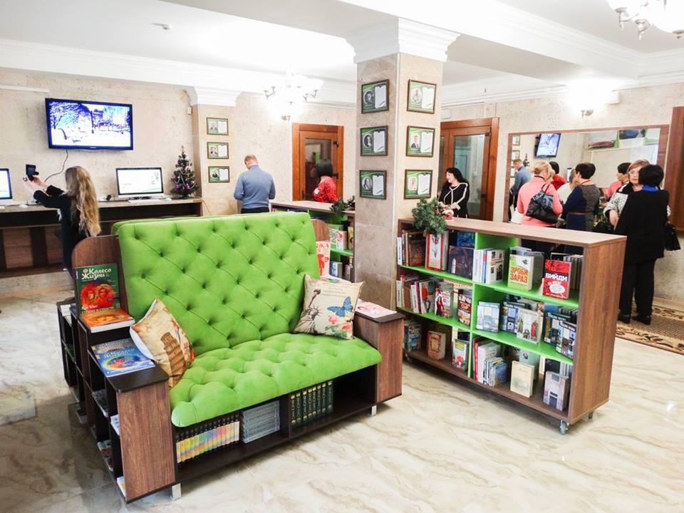 Мебель для библиотек