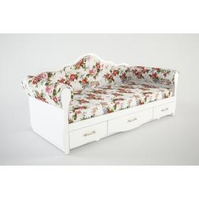 Кровать с мягкими тканевыми бортиками