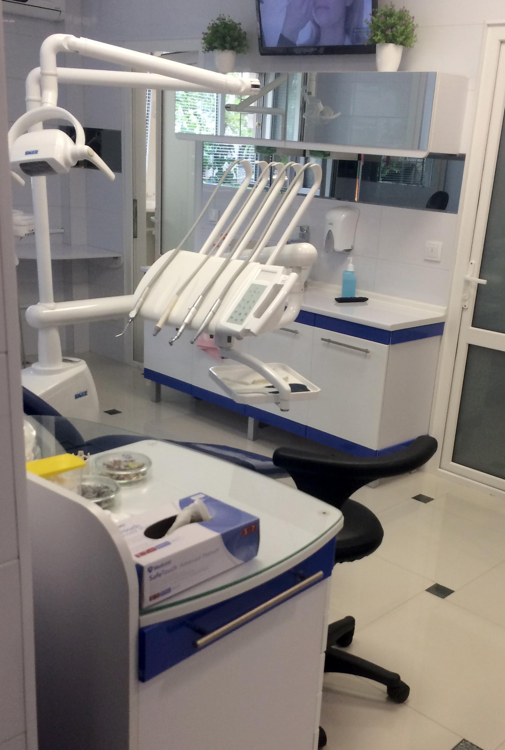 Мебель для стоматологии на заказ 3