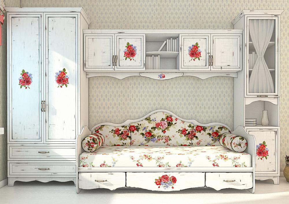 Художественная обработка мебели в стиле  Шебби Шик